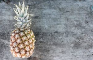 Pineapples are a foods that help sciatica through their antioxidant properties